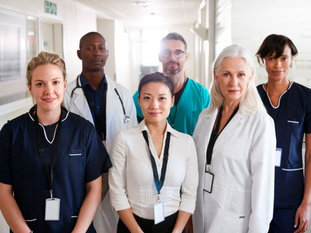portrait-of-medical-team